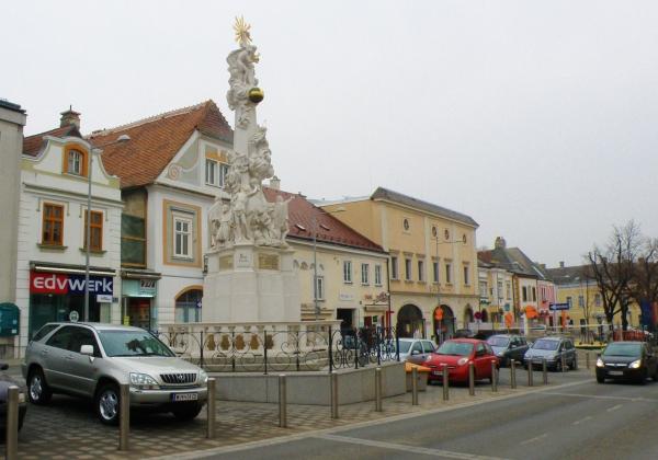 11_namestie_v_dolnom_meste_klosterneuburgu.jpg