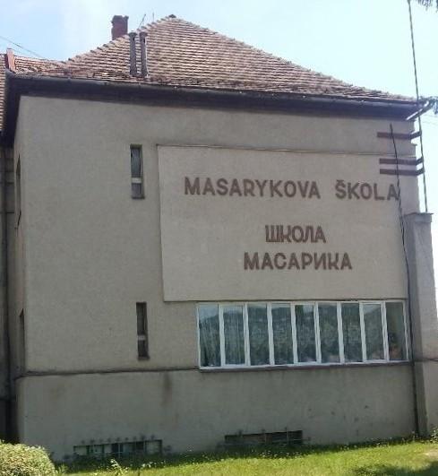 masarykova_skola_vo_svaljave_a.jpg