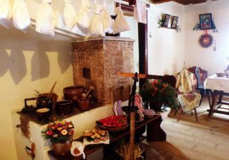 5 Izba na Starom Bělidle zariadená podľa opisu Boženy Němcovej..JPG