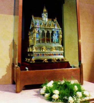 Budapešť Skrinka s pravou rukou sv. Štefana9.jpg