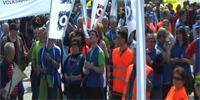 protest_odborarov_urad_vlady_sr.jpg
