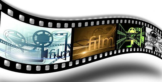 film_demonstration-7pixabay.jpg