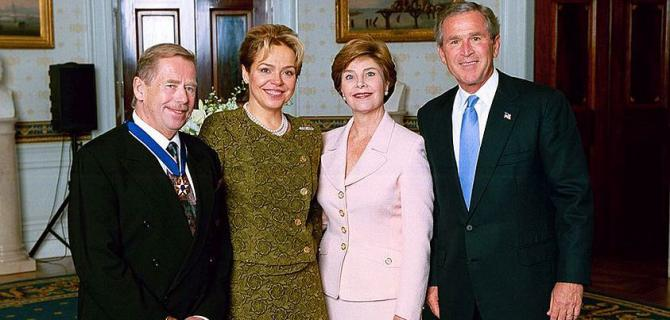president_george_w._bush_and_mrs._laura_bush_with_medal_of_freedom_recipient_vaclav_havel403.jpg