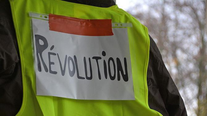 yellow-vests_843.jpg