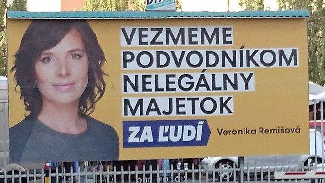 za_ludi-remisova-kopia.jpg
