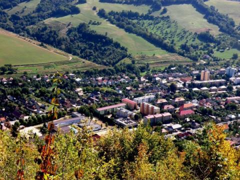 01_vyhlad_z_hradovej_na_tisovec_september_2011.jpg