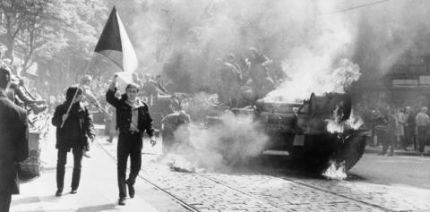 10_soviet_invasion_of_czechoslovakia_-_flickr_-_the_central_intelligence_agency.jpg