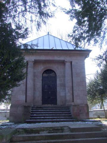 12_mauzoleum_odporedu.jpg