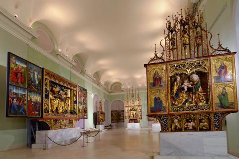 4_vlavo_oltar_z_kostola_sv._jana_krstitela_v.jpg