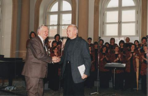 7_hrusovsky_ivan_a_mikula_primac.palac_1992.jpg