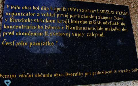 dvorniky_tabula_l._exnarovi.jpg