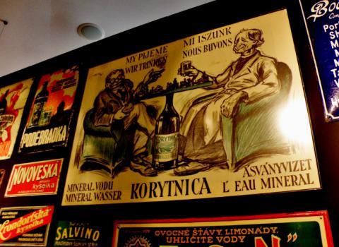 hrad_vystava_reklamy_korytnicka_voda_so_srobarom_a_hlinkom_670x488.jpg