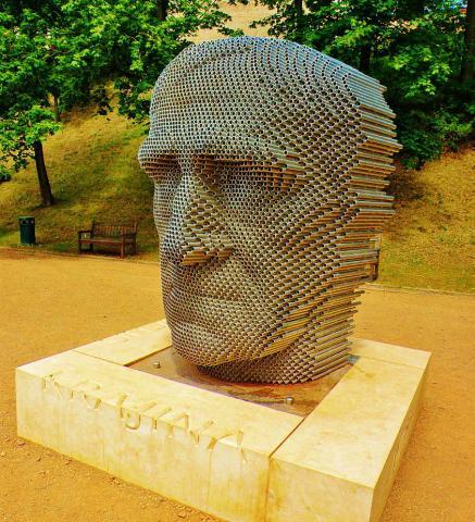 pomnik_janovi_skacelovi_od_jiriho_sobotky_pod_spilberkom.jpg