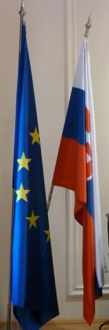 vlajky_eu-sr_vyska.jpg