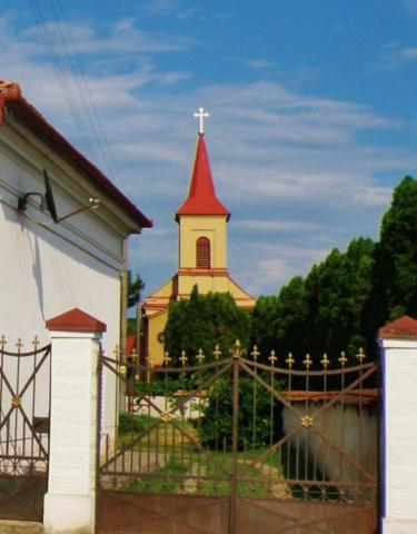zemberovce_ev._kostol_5-kopia.jpg